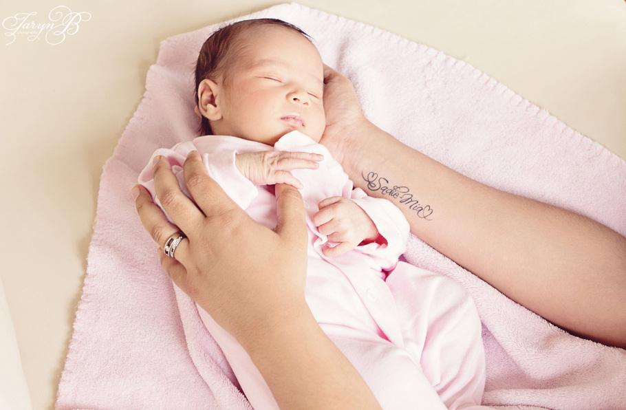 Newborn_Cape_Town_Photographer_Taryn_B_Photography.jpg-25